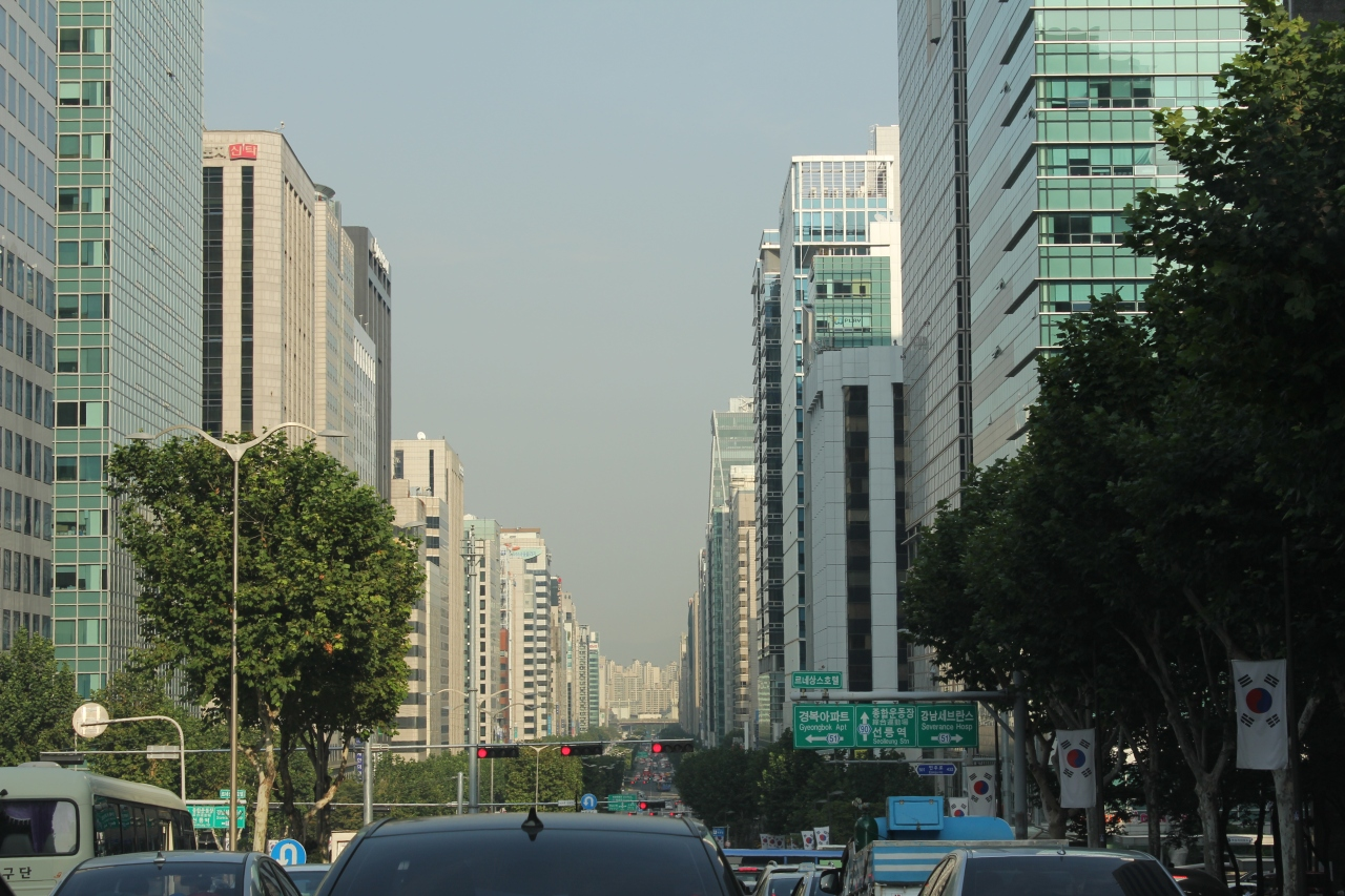 Busy streets of Seoul