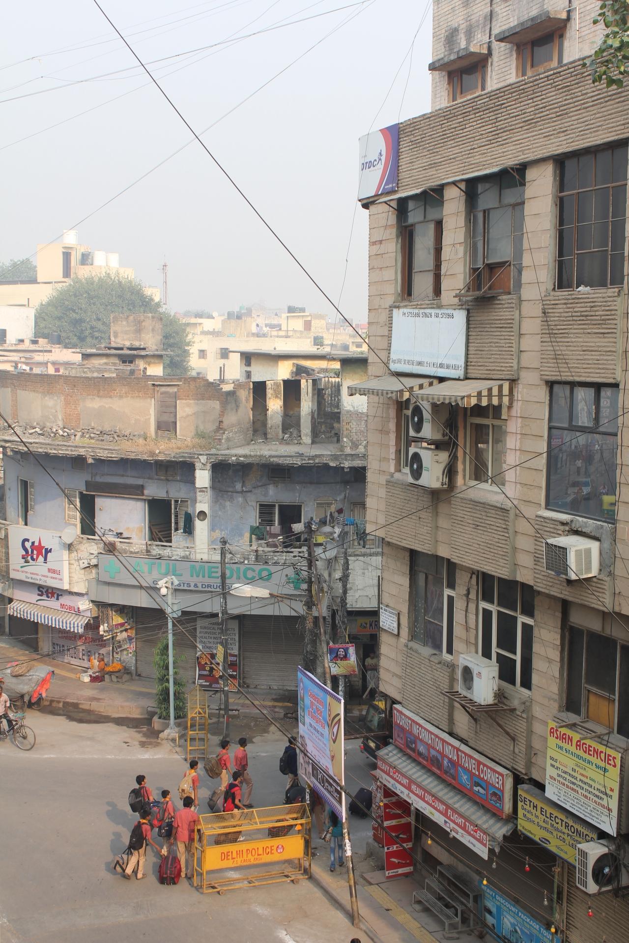 The quiet streets of Dehli????
